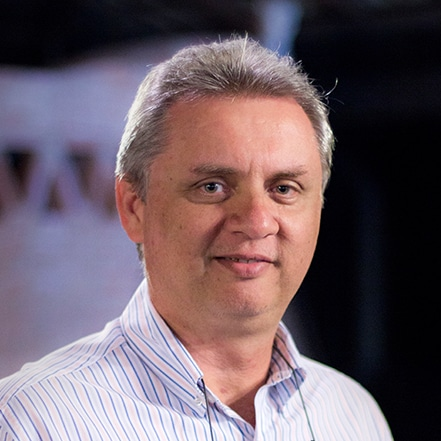 Engenheiro Eletricista Edgar Arana